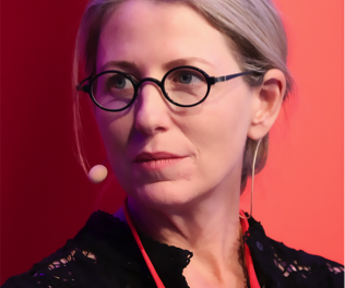 Συνέντευξη της Sarah Kenderdine στη LiFO